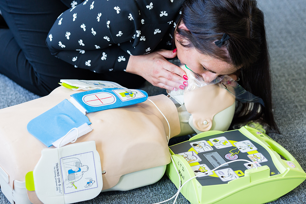 CPR training with defibrillator